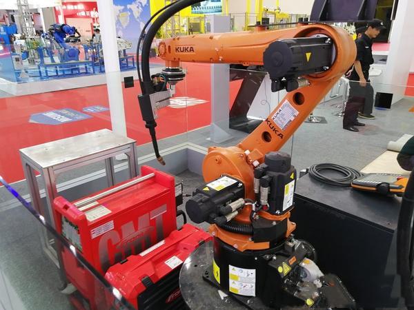专业大量求购二手KUKA库卡机器人回收公司